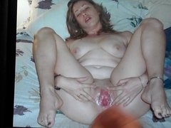 Cum tribute on chubby gal's pussy