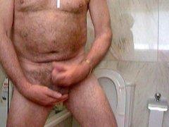 mature masturbation (70 years old)