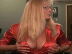 Busty Milf on Cam Juicy Honey!
