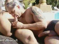 Shemale fucks her boyfriend under the hot sun