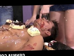 Absolutely naked guy serving CFNM ladies as a cake tray
