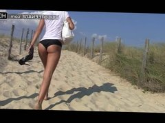 teen candid bikini ass at beach