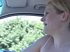 Crazy Girl Behaves Badly In The Car