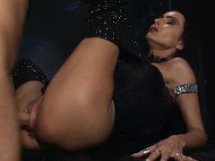 pussy labia  pumping