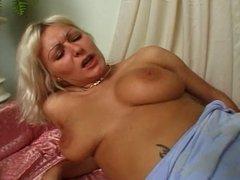 Elizabeth anal - part 2