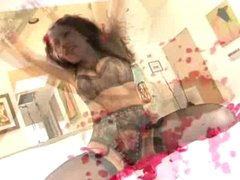 Aria Giovanni Over A Bed Of Roses