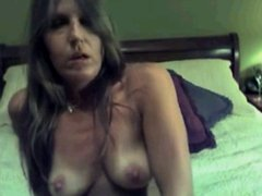 White wife plays on cam