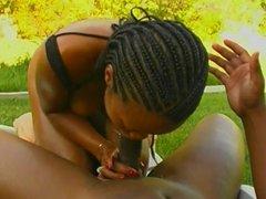 Sexy ebony puttin in work