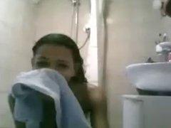 Luciana no banho