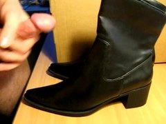 Cum on roommates new boots