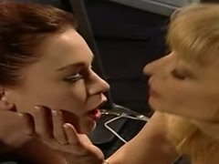 Nina Hartley in threesome perverz lesbian