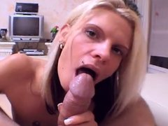 German Lady loves sucking and swallowing - bostero