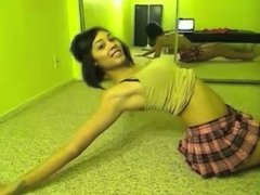 DANCE. A sexy and suductive dance on webcam!
