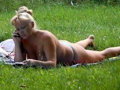 Spy Rus voyeur public park flash girl -nv