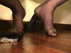 Cumshot on my lovely feet