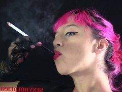 Smoking Fetish- Nadia Angled T-shirt Holder
