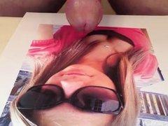 Hottie in sunglasses