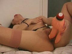 amateur loves toy in pussy and ass