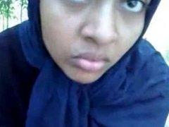 Bangali Hijab beauty on Date Sucking