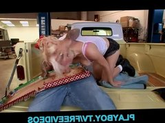 Big-tit blonde slut gets a surprise at work
