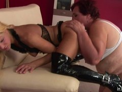 Big mature mom getting wet with a hot young babe