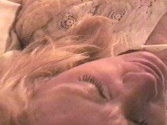 SOLO WIFE MASTURBATION