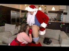 Cuvry babe Lisa Sparxxx Fucks Santa Claus on Xmas Eve