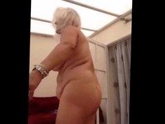 AMAZING WOMEN ON THE CAM 12