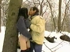 German skinny amateur in NYC - Freezing anal in the snow