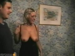 Mature woman wants cock and cum