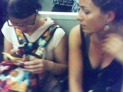 top class milf downblouse in Paris subway
