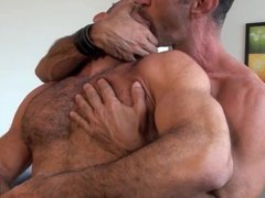 Lito Cruz + Ben Venido HARDCORE GAY MALE FUCKING BAREBACK