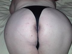 Showing off my big round booty