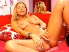 Gorgeous Camgirl Erina Doing Pussy Masturbate on Cam