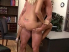 Blonde Girl Fucks Well Gets Rewarded By Big Facial