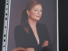 Cum tribute to Julianne Moore