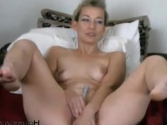 Short haired MILF EveSixxx with hard nipples