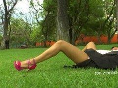 Amateur latina Beatriz flashing and public
