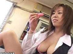 Brunette asian is toy fucking h 1fuckdatecom