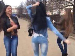 Sexy Russian Girls Dance