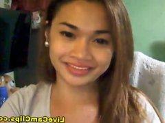 Asian teen in a hardcore webcam solo show