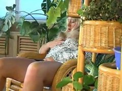 RUSSIAN MATURE JULIANA 17