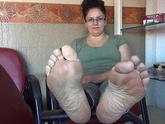 1fuckdatecom Mature bbw soles