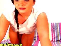 Hottest Webcam Babe Steph Stroke Her Dildo on