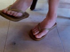 1fuckdatecom Candid asian library girl feet