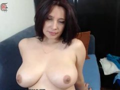 Porn webcam Latina plays shaved pussy
