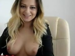 Hot Amateur GF Spreads Pussy and Shows Tits