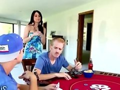 Perv wins brunette hottie in poker match