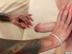 Bonnie Rotten Squirts on peeper While Riding