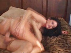 MILF wants to be fucked